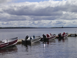 resorts-for-sale-canada-boats-tied-to-dock