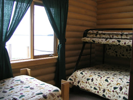resorts-for-sale-canada-lodge-cabin-bedroom